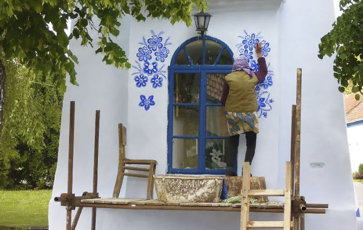 house-painting-90-year-old-grandma-agnes-kasparkova-14-59d334e885ebf__700