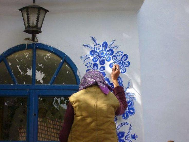 house-painting-90-year-old-grandma-agnes-kasparkova-10-59d334e03380b__700
